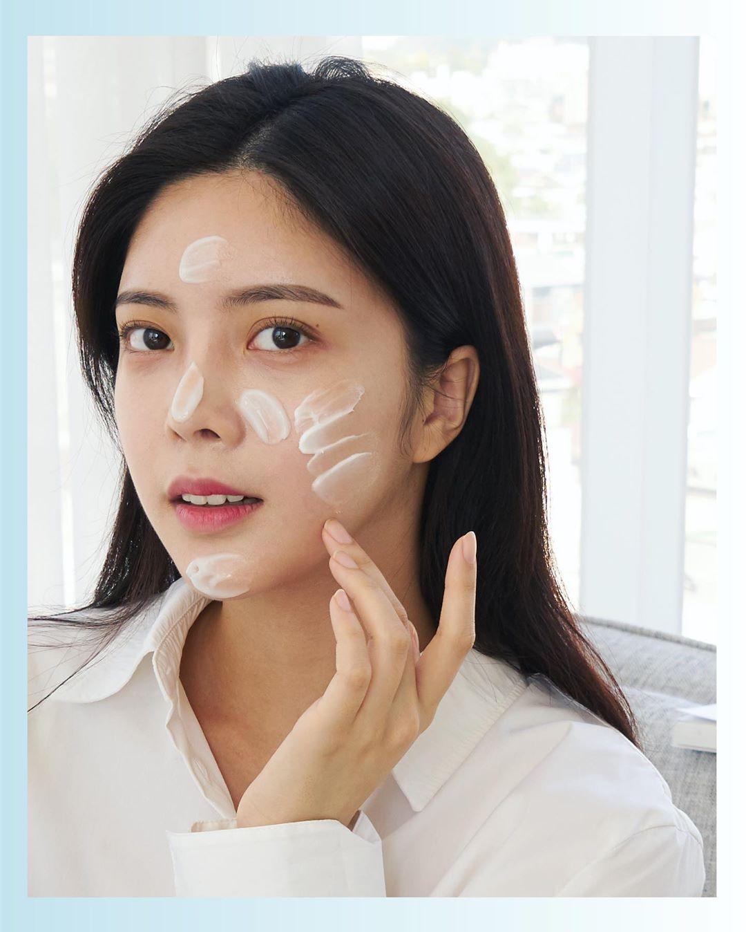 Công dụng không ngờ đến của Gluconolactone trong skincare
